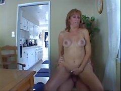 I Wanna Cum Inside Your Mom - mehr bei myfaptime