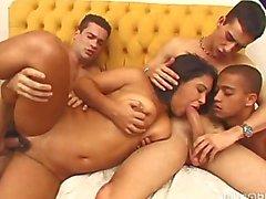 сексуальность два раза группе весело