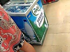 de upskirt turco en el supermercado