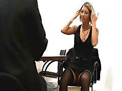 Duitse Blonde neukt op sollicitatiegesprek
