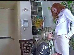 Transeksüel porno Strapon