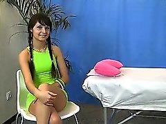 La lingerie chaud le massage fille de frotta