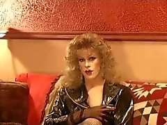 Hot CD Cougar Smoking In Leather