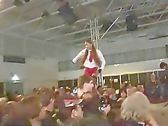 wild fetish esclandre orgy la scène de spectacle public