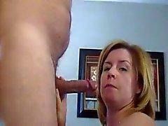 Más vieja Mom Blowjob