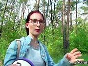 Scout alemán - universidad pelirroja adolescente lia en casting público