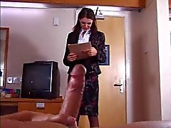 Brittiska Slampa blir knullade i ett hotellrum