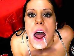Bukkakes ansikts- och sperma swallowings
