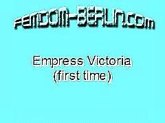 Emperatriz Victoria Primera Vez