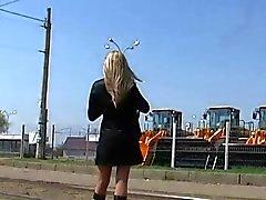 Upskirt de Tan Collants Dans Tram