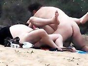 Ебать в пляже