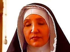 Suore perversa em da ONU convento di Torneio Clausura