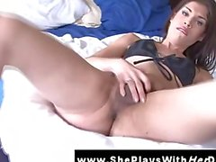 Amateur brunette shemale ts in solo