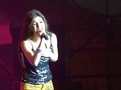 Victoria Justice - Freakt du Freak Out sexy de jaune de HD