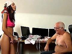 Pix de la muchacha desnuda hombres de calor jóvenes y viejos En ese momento de Silvie
