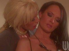 milf lesbians eating pussy in lingerie