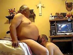 gli uomini più anziani di video 00 mila ventitre