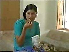 Lua de mel casal jovem paquistanês com urdu áudio