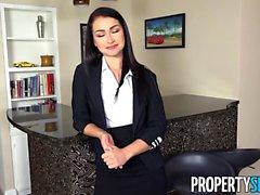 PropertySex Sexy Agent Jennifer Jacobs Accepterar Klient Erbjudande