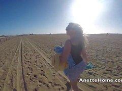 dogging sur la plage bukkake 80 bites en cam voyeur