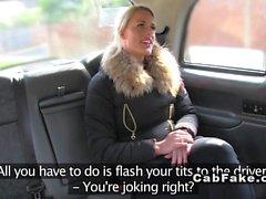 Blink och anal fucking in falska taxi
