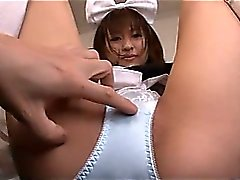 Maid japonesa tiene una Wet Squirting gatito