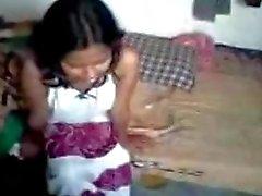 Caliente chica jugar con su novio