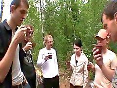 Orgia na floresta