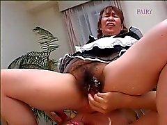 Japanska hårig grannie maid ! !