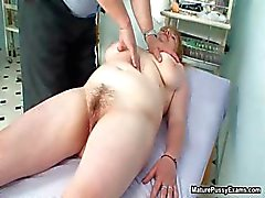 Fake lääkäri sormi vitun hänen kypsä Osa 6