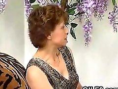 Schmutzige Grandma gefickt Klassiker