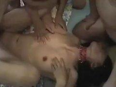 BDSM Gangbang i grupp Slave Judit