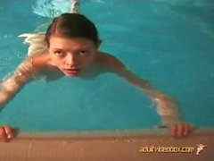 RuzzGirlz 167 Pool-Spaß AVBS2