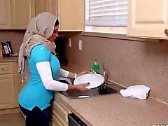 Della madre e figlia arabi Domestiche