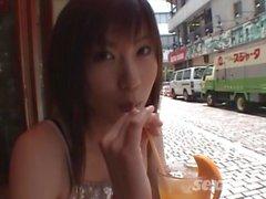 japon uzun boylu bir kadın 1