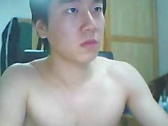 Gars mignonne korean se branler (pas de son )