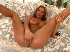 Candy Strong - Flexy Pussy