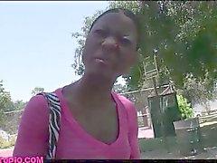 Street pickup chica flaca negra follada por encanto chris