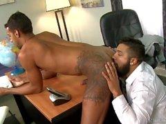 2 Söpö Hauska Big Dick Latino Boys imee nuoleminen ja vitun