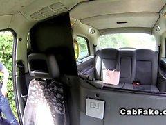Natural busty Brit bangs in fake cab