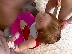 Babysitter tonåring blir gangbanged
