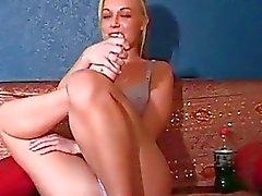 Söpö Kayden Kross humalaan haastattelussa