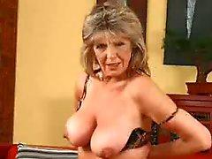Mujer de vídeo madura mayor - 724adult OCM