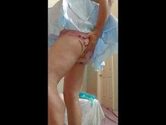 Adultbaby sissy ottiene il pannolino finale