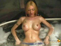 Kapama Mariana cordobas Hot tub bir pislik