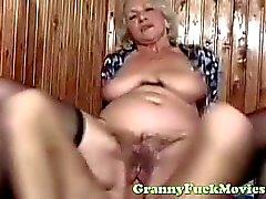 cara fode sexy euro avó