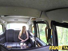 Поддельный такси Cougar хочет глубокий тяжелый большой член