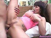 Reizvolle hottie Eva Karera mit einer riesigen Schwanz