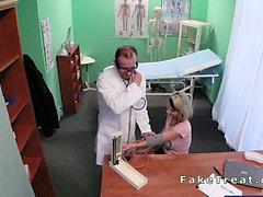 Enfant enceinte défoncée par son médecin traitant