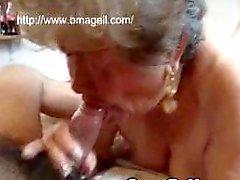Las abuelitas lamen el culo y la golondrina